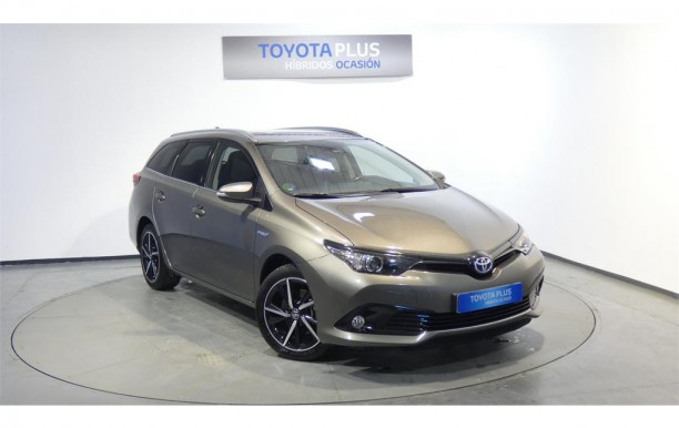 TOYOTA Auris 1.8 140H Feel! Touring Sports